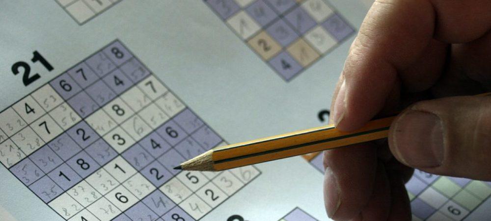 konzentrationsvermögen-stressabbau-spiele-famile-jenga