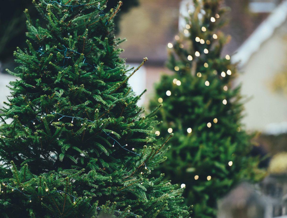 Empfehlungen für künstliche Weihnachtsbäume mit Beleuchtung
