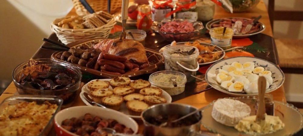 traditionelles weihnachtsessen an heiligabend
