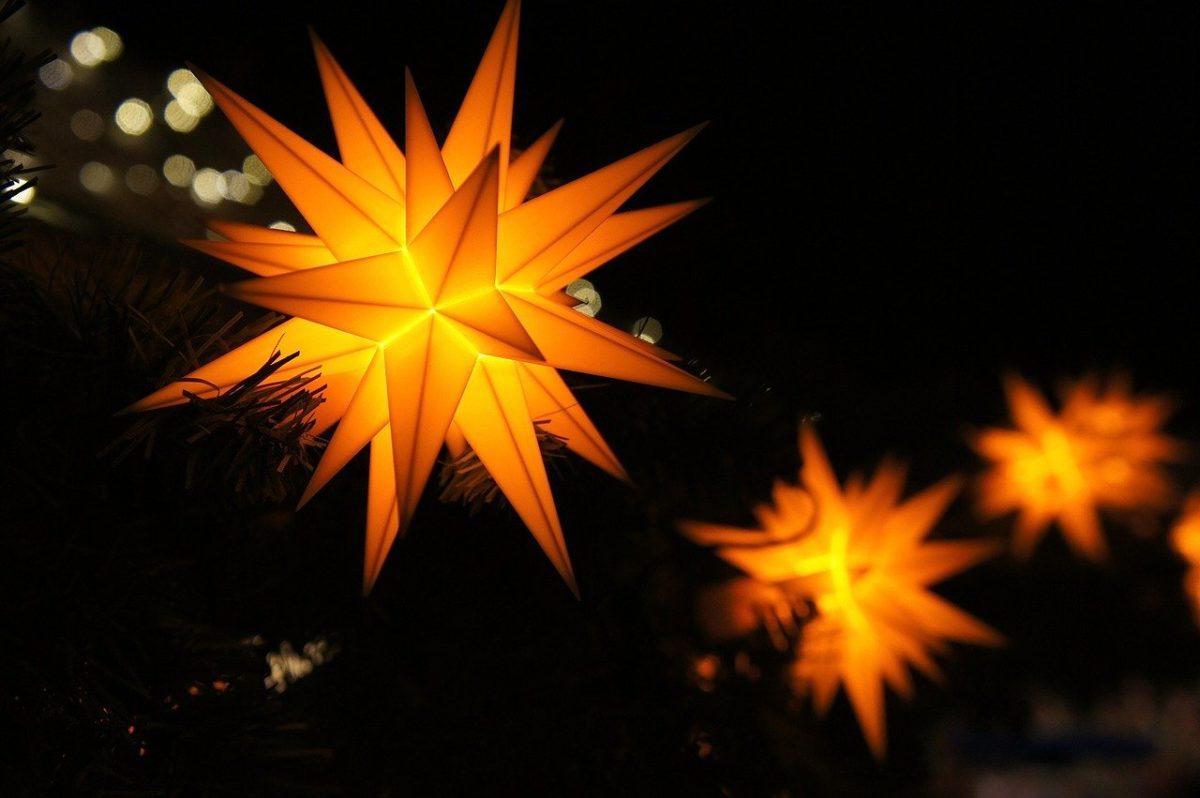 Weihnachtsstern selber basteln