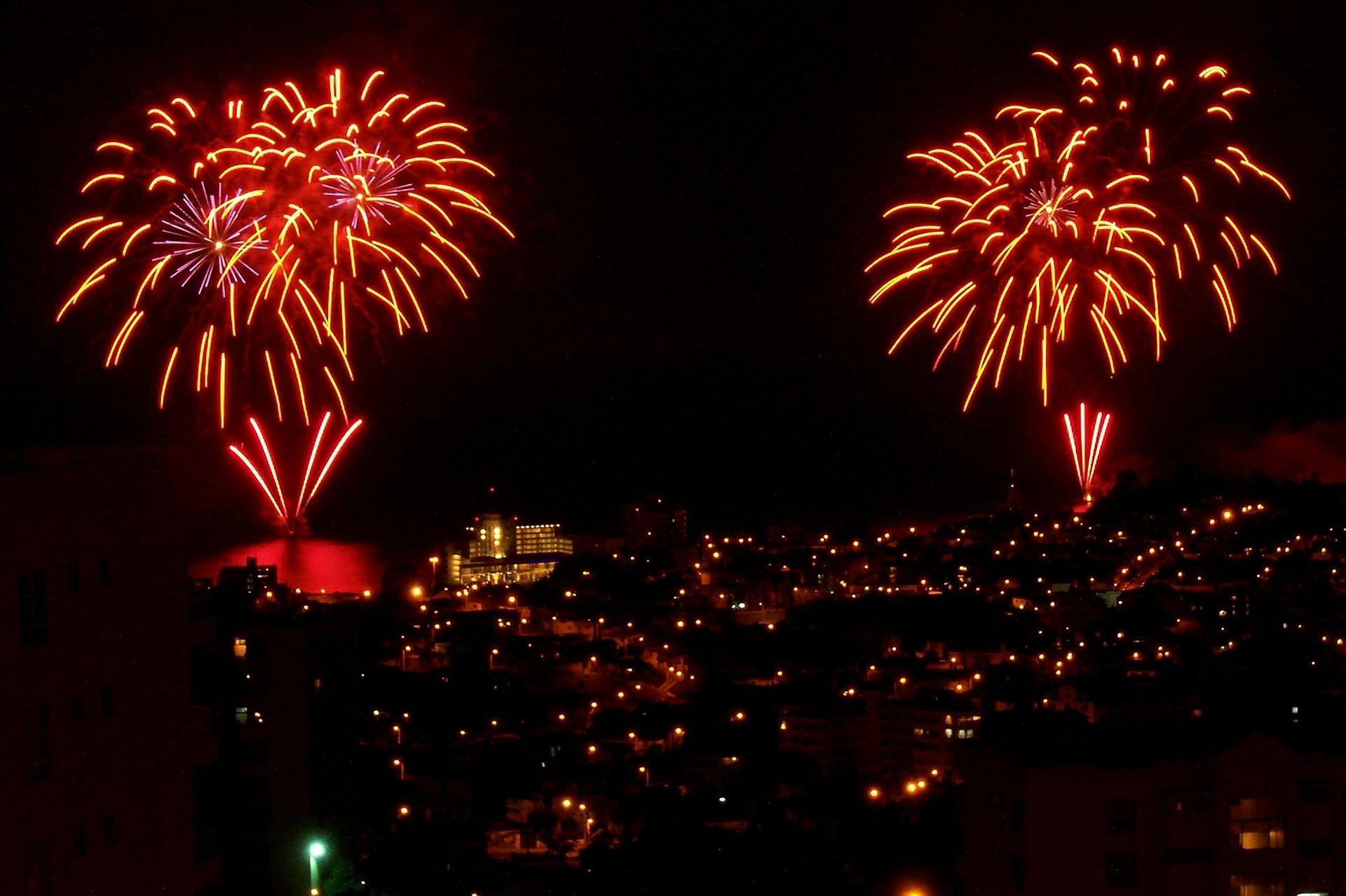 Verspätete Neujahrswünsche und Feuerwerk